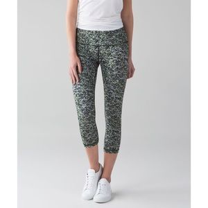 Lululemon. Wunder Under Crop Hi-Rise. Mini Ripple